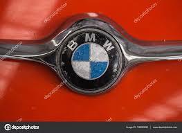 bmw vintage logo bmw vintage mini vieille voiture logo en isetta du constructeur