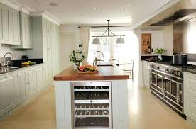 cuisine et vins de abonnement cuisine amacnagace acquipace cuisine acquipace avec ilot central