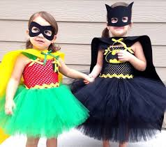 Batman Robin Halloween Costumes Girls 15 Adorable Sibling Halloween Costume Ideas Sweetest Digs