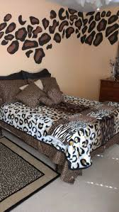 Cheetah Print Bedroom Decor | this is crazy and yep i m in love with the cheetah print