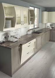 cuisine blanc cassé cuisine gris et bois en 50 modèles variés pour tous les goûts