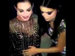Anne Hathaway Vanity Fair Anne Hathaway Grávida E Selena Gomez Na Festa Do Oscar Vanity