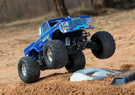 bigfoot remote control monster truck traxxas goes retro with the bigfoot 1 rc newb
