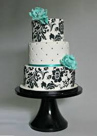 Elegant And Modern Wedding Cake Could Use And Color Flowers And