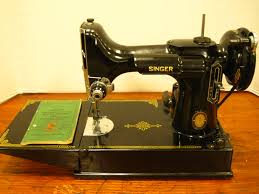 Antique Singer Sewing Machine And Cabinet Antique Sewing Machines