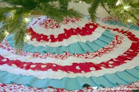 Flannel Tree Skirt 25 Days Of Christmas Day 10 The Crafted Sparrow