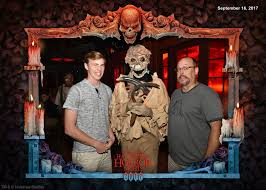 review scareactor dining experience at universal orlando