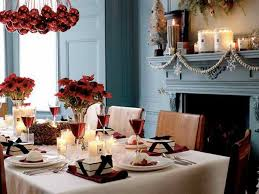 Simple Elegant Christmas Decor by Christmas Centerpieces Decorating Tables Christmas Table