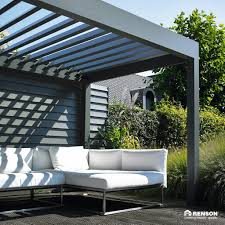 Pergola Roof Options by Louvered Roof Canopies U0026 Pergolas With A Remote Controlled Roof