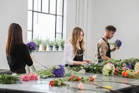 flower arranging for beginners courses mcqueens florist