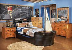 Pirate Themed Kids Room by Pirates Of The Caribbean 4 On Stranger Tides Sword Of Triton
