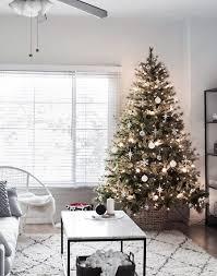 modern minimal tree homey oh my