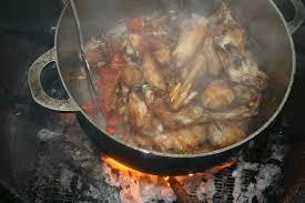 cuisine au feu de bois cari poulet ti au feu de bois mikuizin