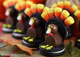 thanksgiving dessert turkey cookies with oreos and corn