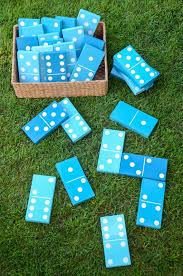 these diy lawn games are perfect for outdoor entertaining lawn