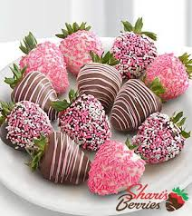 where to buy chocolate dipped strawberries 25 best chocolate covered strawberries delivery ideas on
