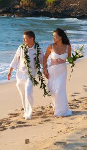 hawaiian weddings book your sacred hawaiian wedding package of hawaiian