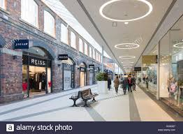 designer outlet store shops at swindon designer outlet stores swindon wiltshire
