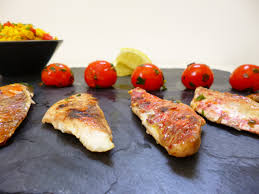 cuisiner avec la plancha filets de rouget à la plancha la recette facile par toqués 2 cuisine