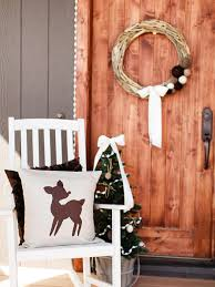 last minute christmas porch decor ideas hgtv s decorating playful pillow