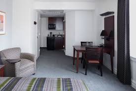 club quarters hotel in houston a business hotel in downtown superior room with kitchenette