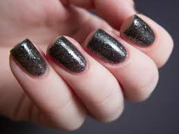 azature black diamond chalkboard nails nail art blog
