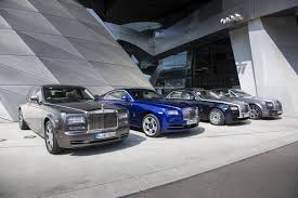 roll royce phantom coupe special report rolls royce wraith ghost and phantom comparison