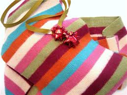 How To Gift Wrap A Present - 11 ways to wrap gifts without wrapping paper squawkfox