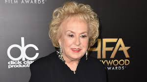 hair styles for deborha on every body loves raymond everybody loves raymond star doris roberts dies at 90 the times