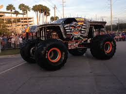 grave digger the legend monster truck monster jam central florida top 5