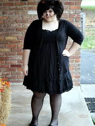 Lydia Deetz Costume 14 Halloween Costumes You Can Make With A Little Black Dress