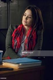 lizzy from black list hair the blacklist season 2 lord baltimore liz megan boone