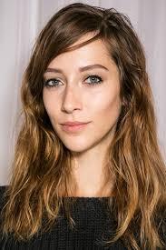 Frisuren Mittellange Wellige Haare by 10 Varianten Wellige Haare Zu Stylen