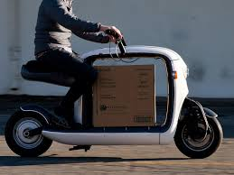lit motors u0027 kubo scooter is the ultimate urban delivery vehicle