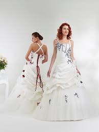 robe de mariã e grise et blanche robe de mariée grise et blanche mariage toulouse