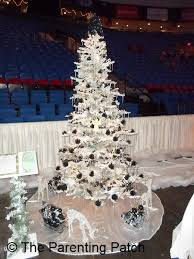 a festival of trees day 19 of 25 days of christmas parenting patch