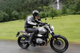 bmw 9t ride bmw r ninet scrambler review visordown