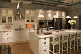 installing kitchen cabinets youtube installing kitchen cabinets youtube luxury i like these cabinets