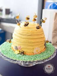 bumblebee cakes bumble bee cake banana cake and honey buttercream bumble bee