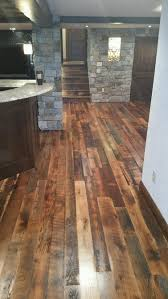 Reclaimed Oak Laminate Flooring Reclaimed Wood Manomin Antique Oak Flooring Mr Timbers