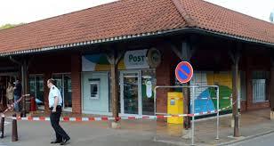 bureau de poste 17 braquage d un bureau de poste trois hommes armés en fuite