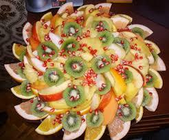 christmas fruit arrangements festive fruit platter arrangememt party fruit serving idea