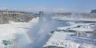 check gorgeous photos frozen niagara falls