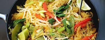 cuisiner vermicelle de riz vermicelles de riz aux pousses de soja et légumes menu végétarien