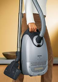 miele vaccum cleaners why the miele vacuum is better than the dyson rainbow oreck