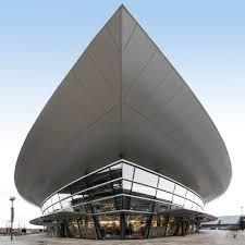 designer outlets wolfsburg viertes gebäude schiff legt an 10 jahre partnerschaft zu designer