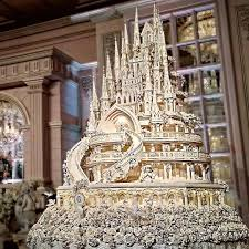 big wedding cakes 10 elaborate wedding cakes mywedding
