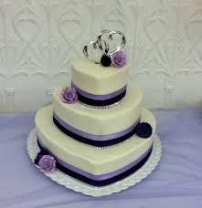 heart shaped wedding cakes wedding cake wedding cakes heart wedding cakes fresh beautiful