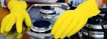 come pulire il piano cottura come pulire e lucidare il piano cottura in acciaio o smaltato con