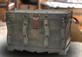 antique style distressed wooden pirate treasure chest coffee